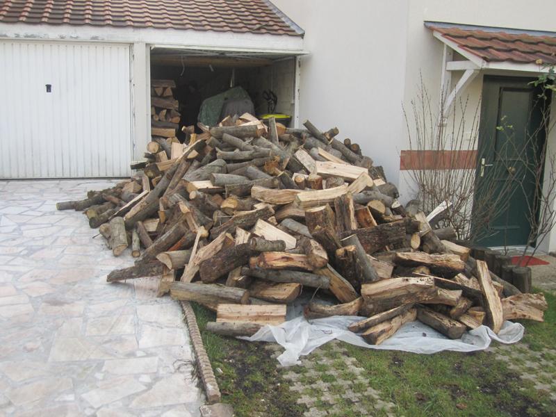 approvisionnement de bois buches fendues hetre essonne. Black Bedroom Furniture Sets. Home Design Ideas
